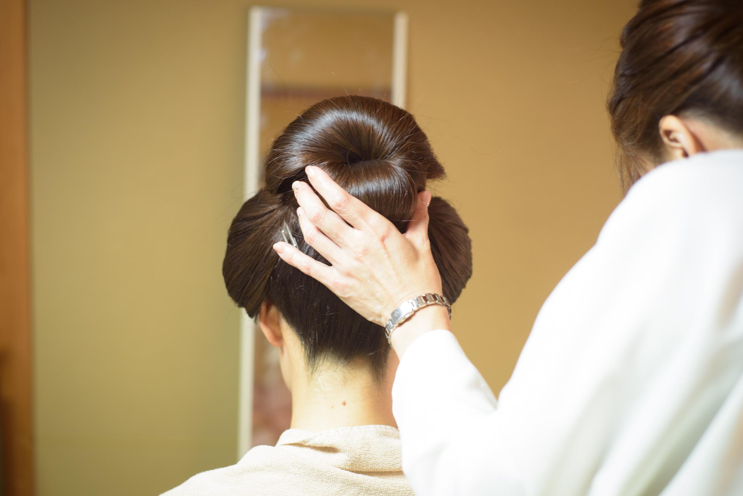 日本髪で祝言